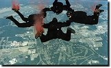 © 1999 Green Beret Parachute Team